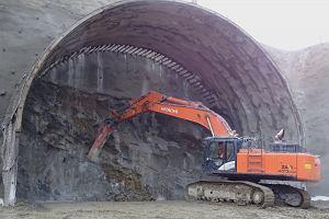 Włosi zaczęli drążyć tunel na trasie zakopianki. Najdłuższy tunel drogowy w Polsce powstanie za trzy lata