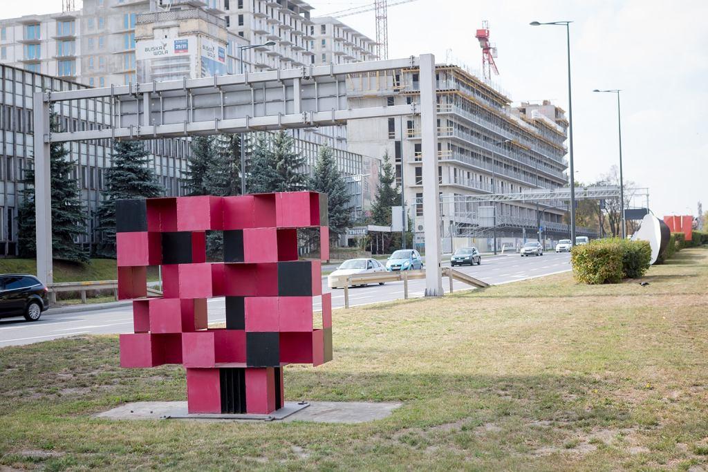 Ekspozycja po Biennale rzeźby w Metalu w 1968 roku, ul.Kasprzaka 1; warszawska mapa sztuki / MACIEJ KRUGER