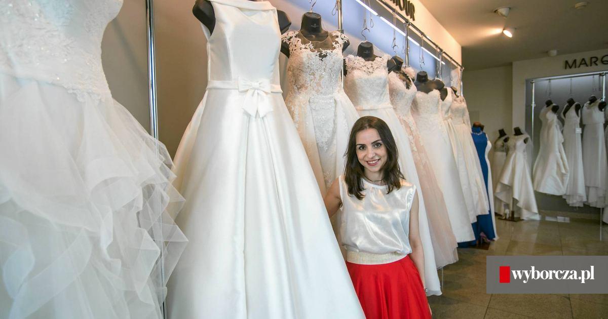 142f1416a2 Szycie sukni to emocje. Jak kielczanka została projektantką mody ślubnej   ZDJĘCIA