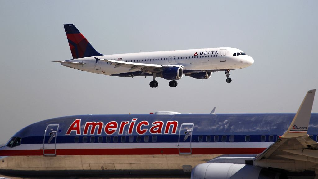 American Airlines i Delta