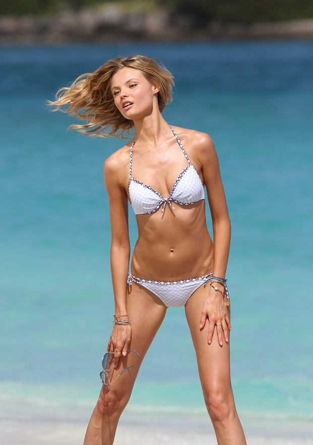 159621 Zen/Starface 2013-01-26   Saint Barthelemy France   Magdalena Frackowiak en shooting photo pour Victoria's Secret.