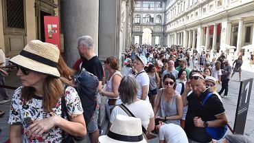 Kolejki do Galerii Uffizi we Florencji