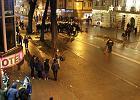 Algierczyk i Marokańczyk wrócili do domów. Po zamieszkach w Ełku będzie ich pilnować policja