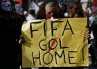 Brazylia si� burzy: Precz z mundialem!