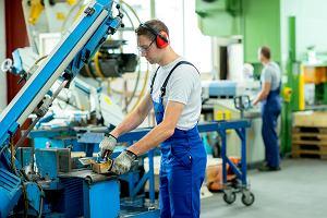 Pracodawcy świetnie oceniają swoją kondycję i perspektywy dla gospodarki. Ale większość nie zamierza podnosić płac