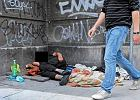 Bezdomny Polak zmar� z g�odu na ulicy w Hiszpanii