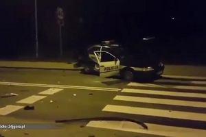 Trzech policjantów rannych i dwa rozbite radiowozy w trakcie próby zatrzymania sprawcy rozboju w Jeleniej Górze