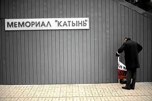 Martwi jeńcy z Katynia zakładnikami w polsko-rosyjskim sporze o historię