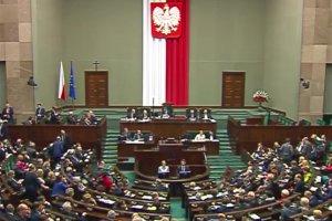 """Ostre s�owa podczas g�osowania w Sejmie. """"Pan legitymizuje oszustwo!"""""""