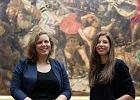 """Poznajcie dwie młode damy, które stoją za """"heheszkami"""" na Instagramie Muzeum Narodowego w Warszawie"""