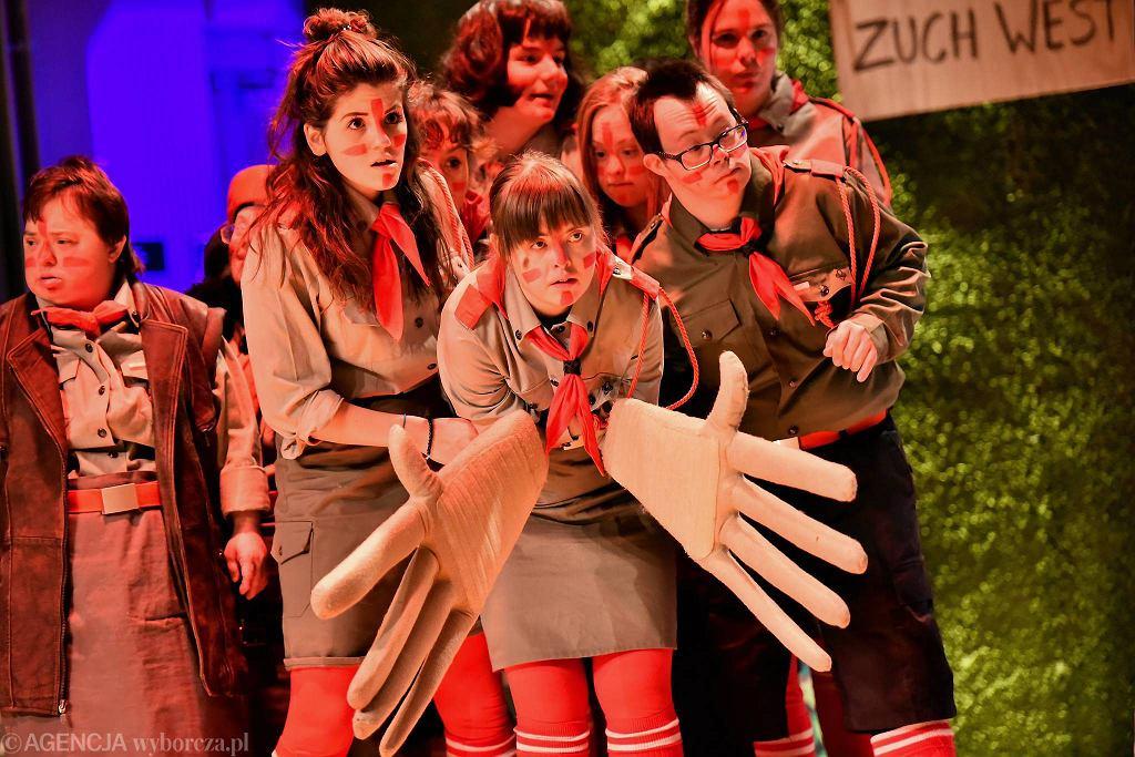 Próba spektaklu 'Indianie' Teatru 21 / FRANCISZEK MAZUR