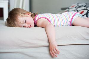 Drgawki gorączkowe - objawy, diagnostyka, zapobieganie