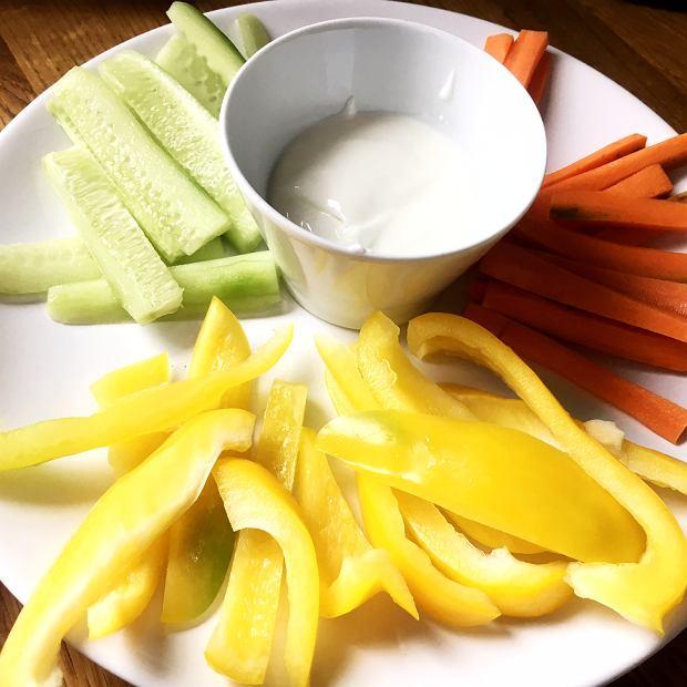 warzywa z dipem