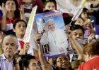 """Papież Franciszek chce żuć liście koki. """"Zaproponowaliśmy mu herbatę z koki, ale on zażyczył sobie liści"""""""
