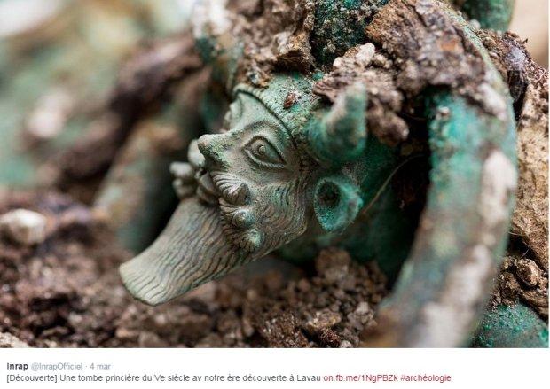 Wyjątkowe odkrycie archeologiczne: Celtycki grobowiec o powierzchni 7 tys. m kw., a w nim greckie naczynia