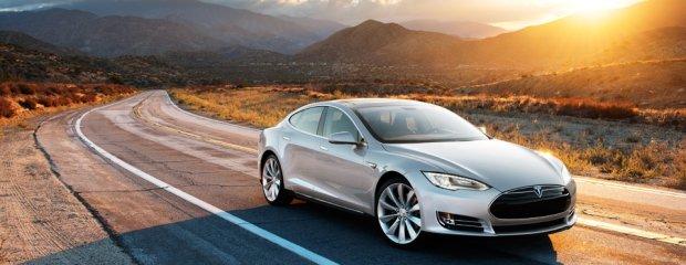 2013 Tesla S
