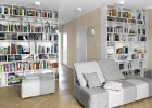 Mieszkanie urządzone w stonowanych beżach i bielach