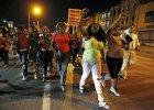 USA: Policjanci z Baltimore formalnie oskar�eni o �mier� Afroamerykanina