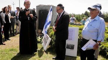W Jedwabnem uczczono 76. rocznicę mordu Żydów w tej miejscowości przez ich polskich sąsiadów