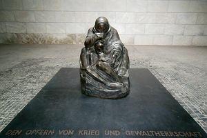 """Käthe Kollwitz - """"Nigdy więcej wojny"""""""