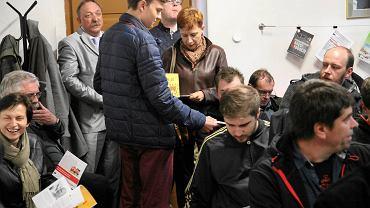 Spotkanie zwolenników Jednomandatowych Okregów Wyborczych przy ul. Białoskórniczej