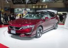 Salon Tokio 2015 | Honda Clarity Fuel Cell | Konkurent Toyoty Mirai