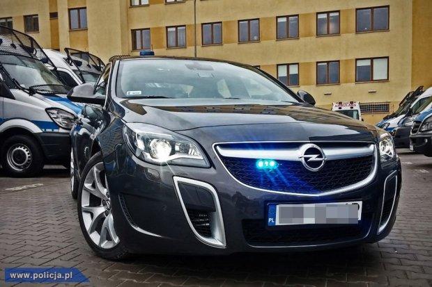 Nowe i szybkie radiowozy dla mazowieckiej policji