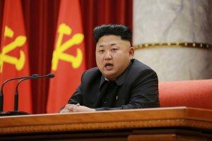 Kim Dzong Un odwiedzi Rosj�? Korea P�nocna potwierdzi�a oficjaln� wizyt�