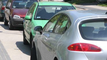 Rozgrzane samochody. Zdjęcie ilustracyjne