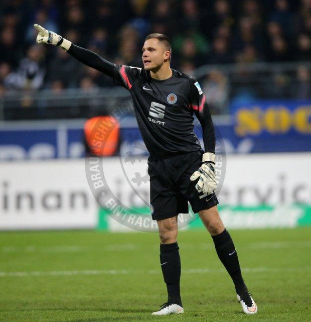 Rafał Gikiewicz w barwach Eintrachtu Brunszwik