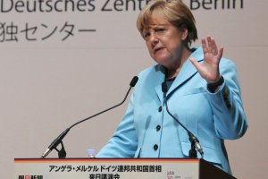 Po co Angela Merkel pcha si� do Moskwy? Bo nie pojecha� nie mo�e