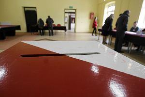 Wybory w Piekoszowie. Wygrało PiS, ale będzie druga tura [WYNIKI]