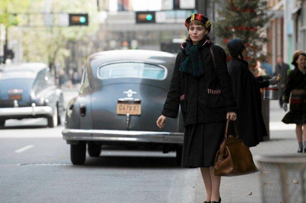 """""""Carol"""" to historia romansu bez szans i podróż do czasów, gdy elegancja była najważniejsza"""
