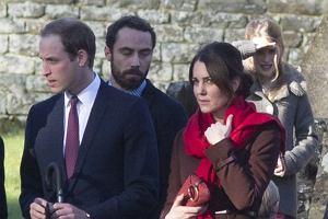 Ksi�na Kate, ksi��� William i reszta familii. Jak rodzina kr�lewska sp�dza �wi�ta?