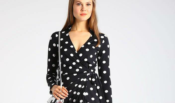 61d1f9c444 Sukienka portfelowa i kopertowa  fason