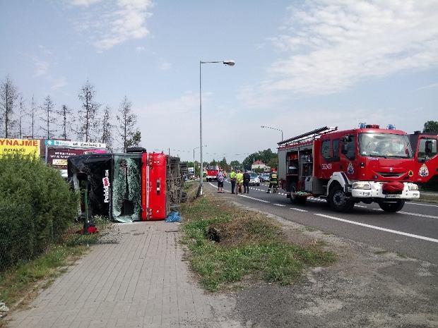 Wypadek Polskiego Busa w Nowej Dębie. Kierowcy postawiono zarzuty