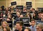 Stop Kulturze Marnotrawienia. Polsko-kanadyjska akcja wesprze biblioteki