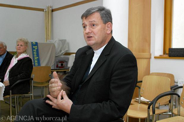 Koniec ery Caritasu? Przegrywa z prywatnymi firmami