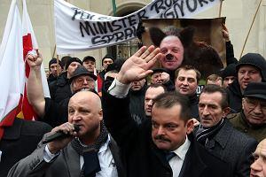 Warszawa. W czwartek protesty rolnik�w; mo�liwe utrudnienia w ruchu