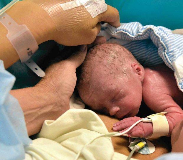 Szwecja: Pierwszy por�d dziecka noszonego w przeszczepionej macicy