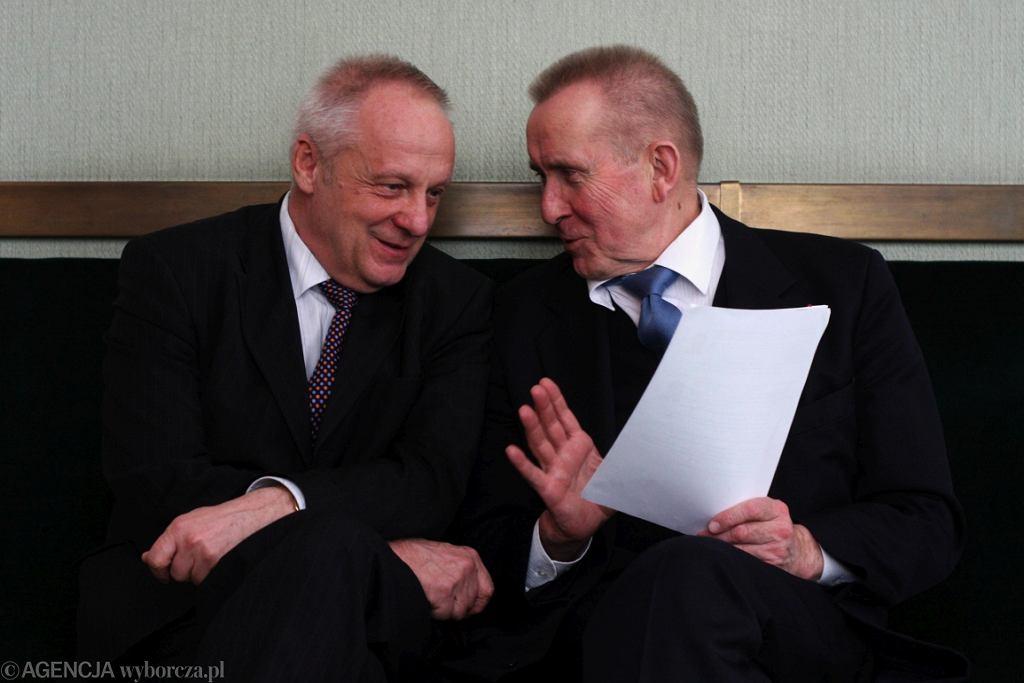 Stefan Niesiołowski i Andrzej Czuma, 2008 r. (fot. Sławomir Kamiński/AG)