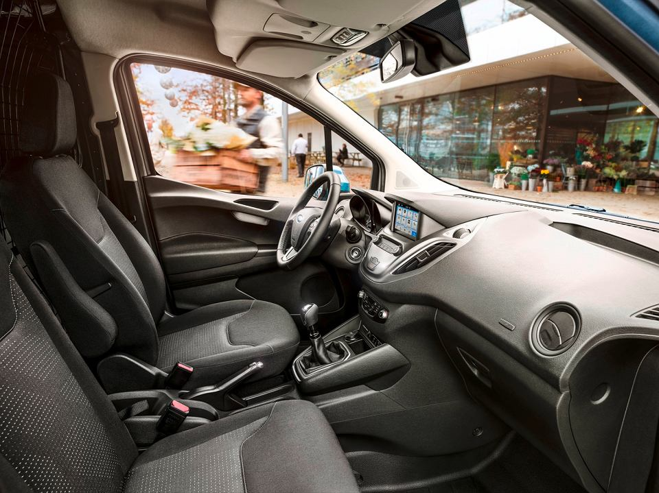 Ford Transit Courier 2017