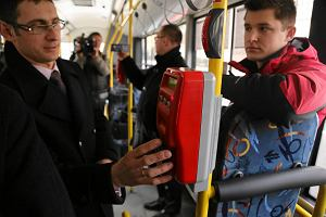 http://bi.gazeta.pl/im/ae/be/eb/z15449774M,Karta-miejska--autobus.jpg