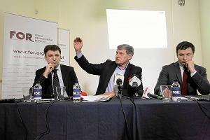 Andrzej Rzońca, Leszek Balcerowicz i Aleksander Łaszek z Forum Obywatelskiego Rozwoju oceniają sto dni rządu PiS
