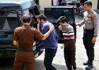 Parze indonezyjskich gejów grozi po 80 batów. Mieszkają w prowincji, w której obowiązuje szariat - prawo koraniczne