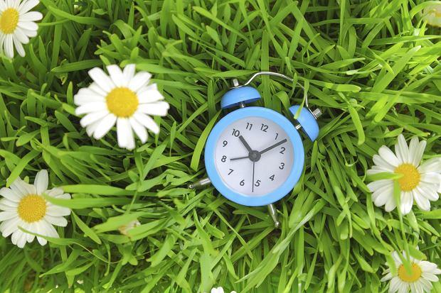 Zmiana czasu 2016 - zegarki na czas letni przestawimy w ostatni weekend marca