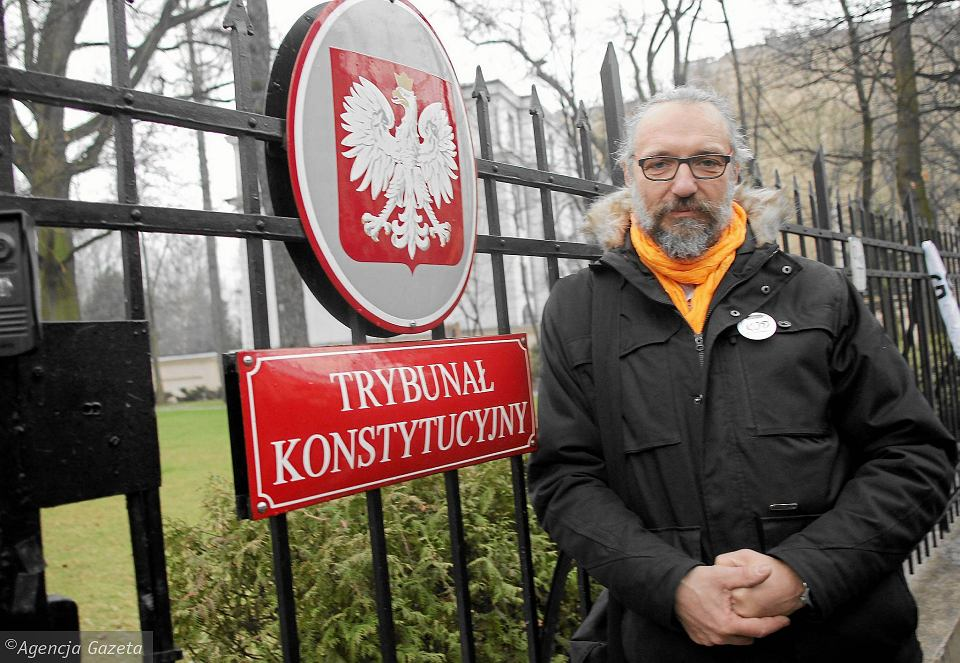http://bi.gazeta.pl/im/ae/f2/12/z19866542V,Mateusz-Kijowski.jpg