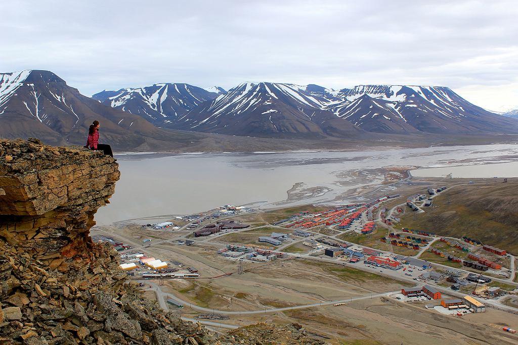Widok na miasteczko Longyearbyen