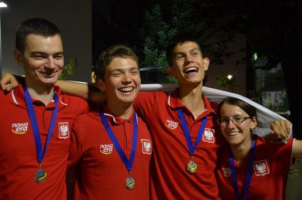 Młodych Polaków mamy wspaniałych. Z międzynarodowych olimpiad licealiści przywieźli aż 29 medali