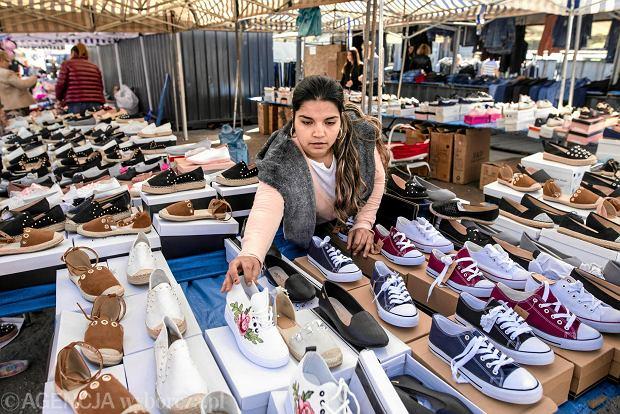 Nieprzemyślane zakupy mogą narazić kupującego nie tylko na koszty, ale też trudności ze zwrotem niechcianego towaru